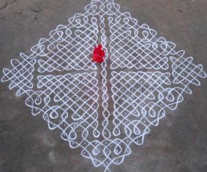 Rangoli: sikku Kolam - 67