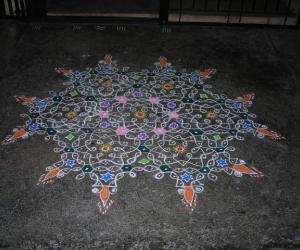 Rangoli: Margazhi Dew Drops Kolam Contest - 2011 - Chikku kolam