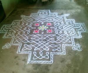 Rangoli: Marghazhi Kolam - 8
