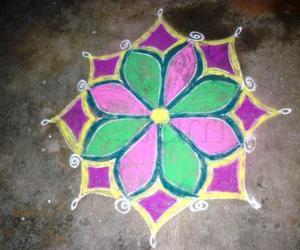 Rangoli: Simple Navarathri Rangoli