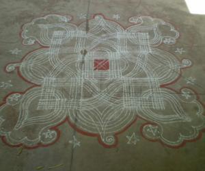 Rangoli: Podi Kolam 1