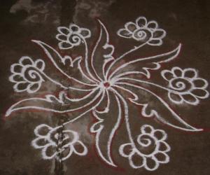 Rangoli: small free hand rangoli
