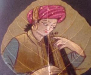 Rangoli: Painting on dry leaf of Ashwata