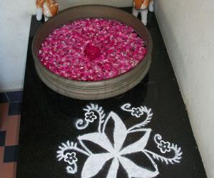 Rangoli: Pookolam
