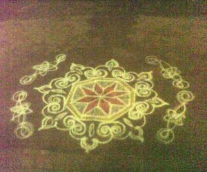 Rangoli: New year nite kolam