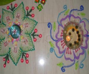 Rangoli: rangoli during vinayagar pooja
