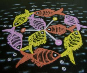 Rangoli: Fishes on the cruise