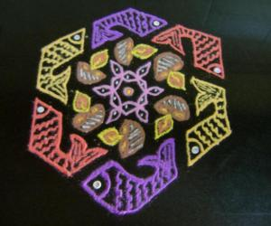 Rangoli: Colorful fishes