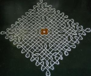 Rangoli: Sikku Kolam - 97