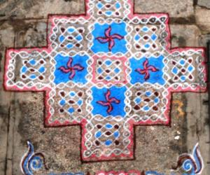 Rangoli: Sikku-Kolam-27