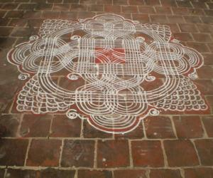 Rangoli: Maakolam Grape Vine