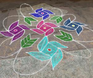 Rangoli: dotted kolam 20