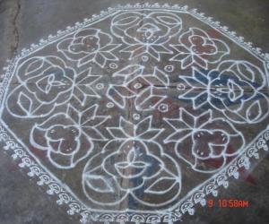 Rangoli: Line kolam 2