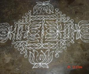 Rangoli: kodu kolam5