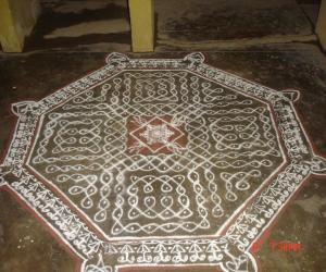 Rangoli: sikku kolam 15