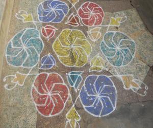 Rangoli: SARASWATHI POOJAI - II