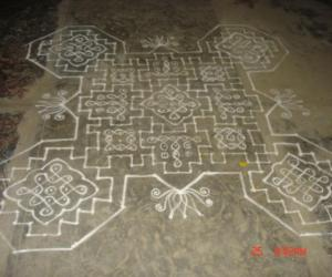 Rangoli: sikku kolam 37