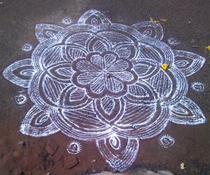 Rangoli: friday kolam