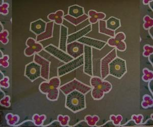 Rangoli: Dotted Floral Maakolam