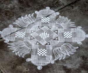 Rangoli: aadi velli rangoli