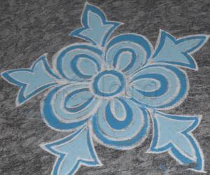 Rangoli: small flower rangoli