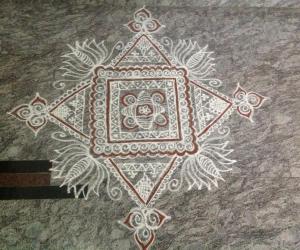 Rangoli: Shravana shukrawara rangavalli 1