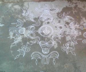 Rangoli: deepam muggu