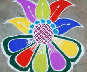 Rangoli: Bright rangoli