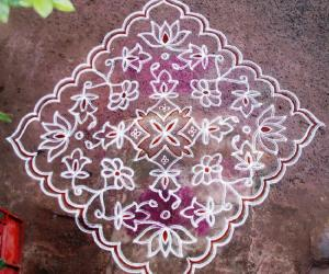 Dotted Flower kolam