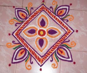 Rangoli: Freehand square rangoli