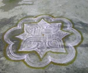 Rangoli: Vara Siddhi Vinayagar and Kolam