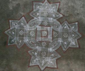Rangoli: Vaikunda Ekadhasi Kolam