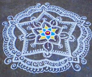 Margazhi  kolam on road-9
