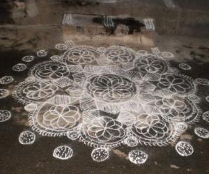Temple kolam