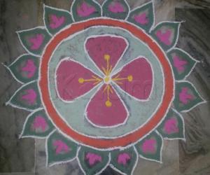 Rangoli: MARGAZHI DAY7
