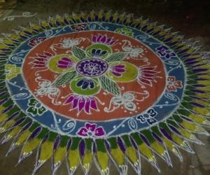Rangoli: Floral design