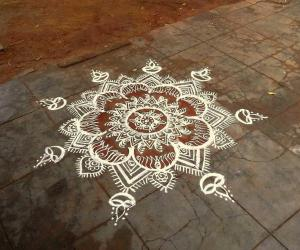 Rangoli: navaratri day 2