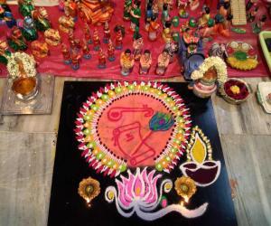 Rangoli: Saraswathy puja kolam