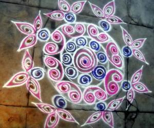Rangoli: coloured quilling