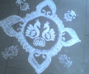 Stencil Peacock Kolam