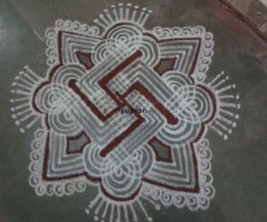 Rangoli: Margazhi 2014-2015: Day29::Padikolam