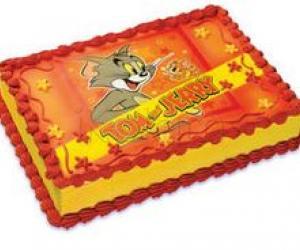 Rangoli: sending eggless cake to my friends(TOMS)