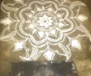 Rangoli: Diamond rangoli