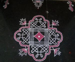 Rangoli: margazhi kolam18