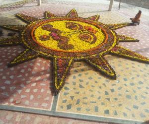 Rangoli: Parthiv Shiv Ling 2015