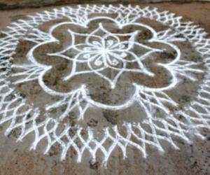 Rangoli: Freehand Kolam for Diwali Lakshmi pooja