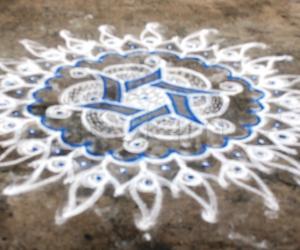 Rangoli: Margazhi dew drops