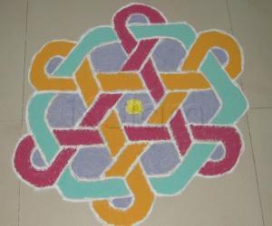 Rangoli: Colour kolam.