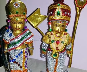 Marapachi Murugan with Deivayanai