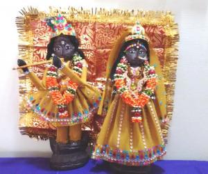 Marapachi doll decoration